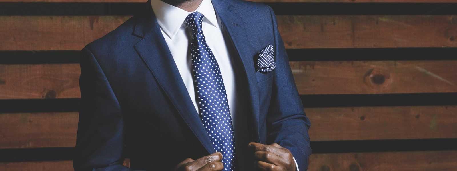 Migliori.io Top 10: Le migliori custodie per camicia da viaggio